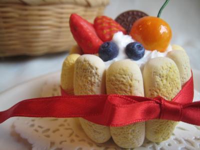 シャルロットケーキ small