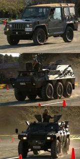 1/2tトラック(73式小型トラック)、82式指揮通信車、軽装甲機動車
