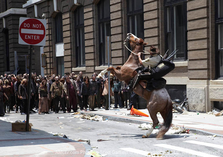 Episode-1-Rick-Horse-Hordes-760.jpg