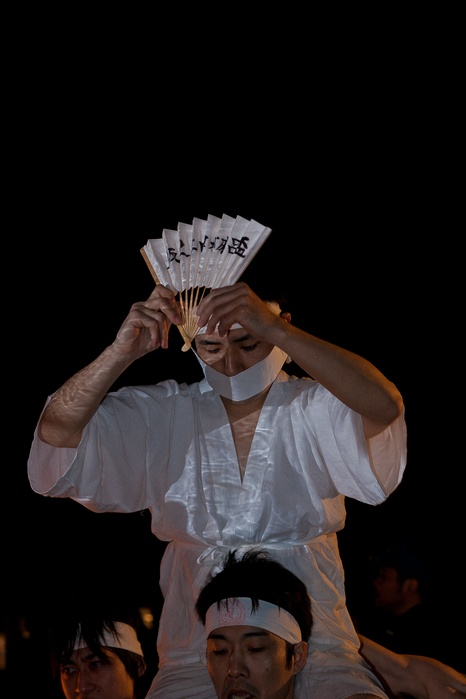 20120303urasahadakamaturi17 (1 - 1)