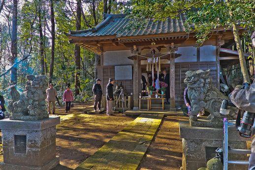 20120315uchikurodahadakamaturi01 (1 - 1)