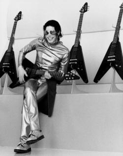 Michael+Jackson+lphp_convert_20100909163223.jpg