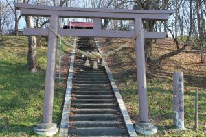 10118神居古潭神社300