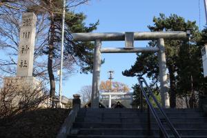 10123滝川神社300