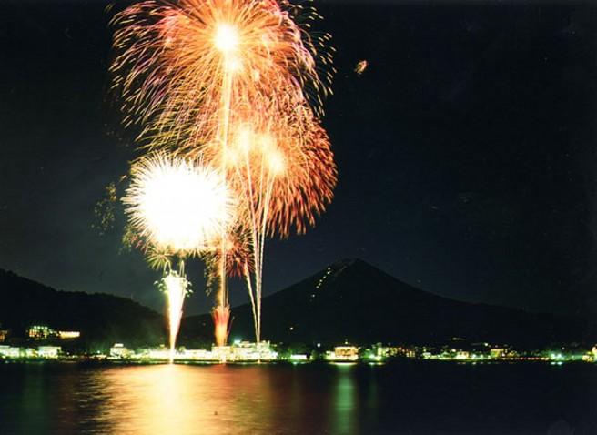 河口湖湖上祭