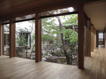 I_tokyo_20110528-4.jpg