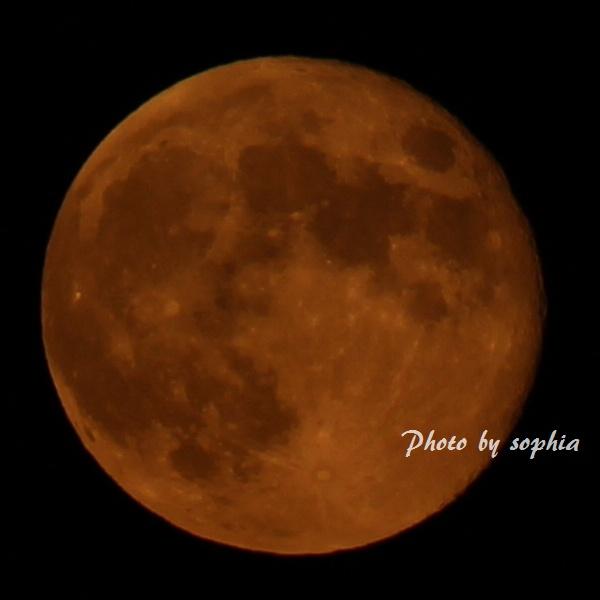 9月20日赤い月