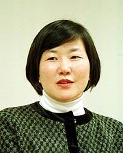 慶南大客員教授の金貴玉さん  o0180022310211412598