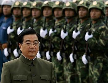 ・・・強大な軍隊を指揮し、周辺諸国に脅威を与えている人物。