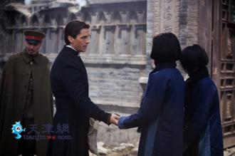 The_13_Women_of_Nanjing-Christian_Bale-Zhang_Yimou-1_convert_20120102235705.jpg