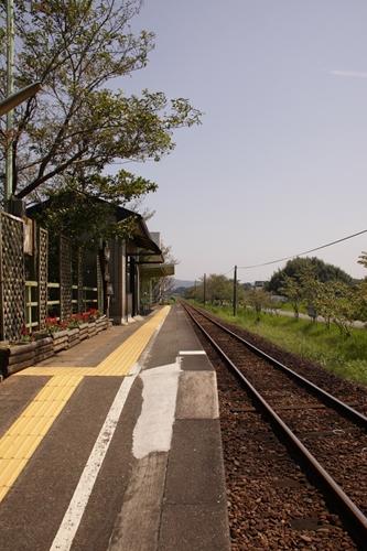 いこいの広場駅ホーム新所原方面