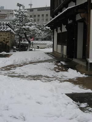 雪景色の出島内部