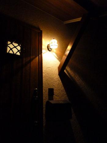 夜間照明玄関3