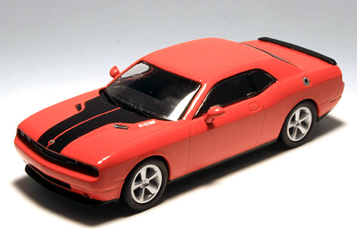 Challenger SRT8_001