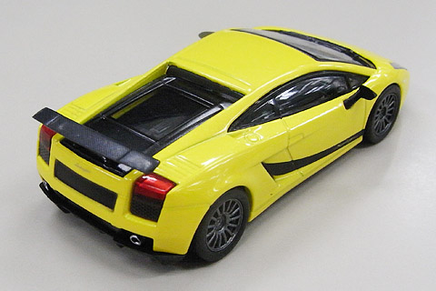 Lambo3_SL_Yellow_002.jpg