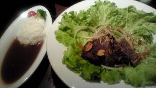超美味のステーキ&カレー