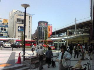 20110525駅前