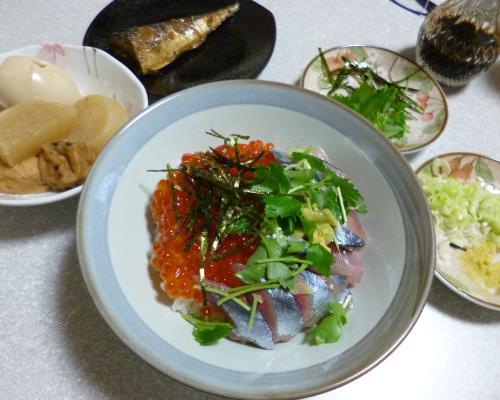 R130930イクラ秋刀魚丼2
