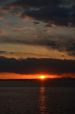 海ほたるから見た 夕日