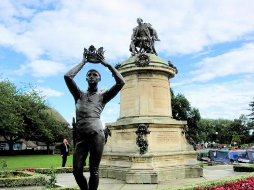 シェイクスピアの銅像