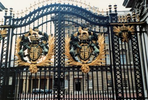 宮殿・王家の紋章