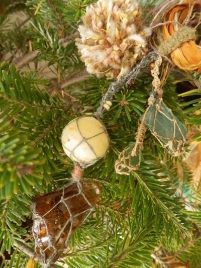 ヘンプ編みワークショップ クリスマス準備中