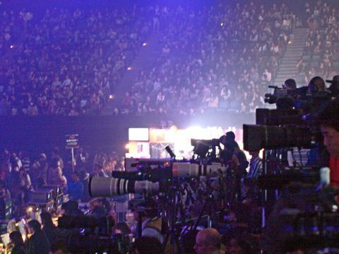 カメラとビデオの三脚台