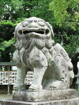 皇祖神社鯰田1