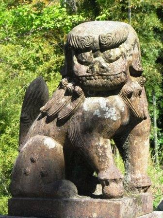 日吉神社舎利蔵2