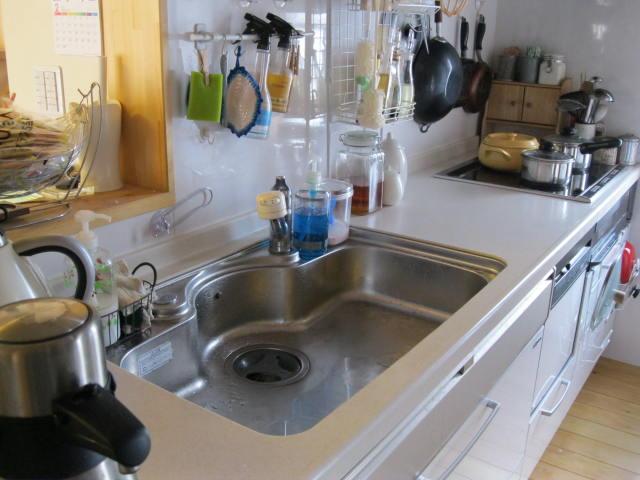 掃除前キッチン全体