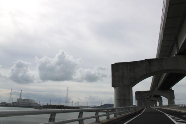 IMG_5326下の橋は通行可