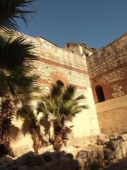 Split the old roman city