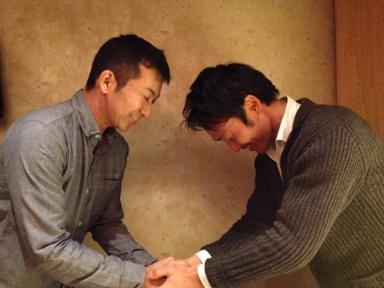 授賞式 握手1
