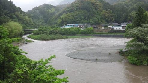 110529 土居川。
