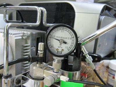 鉄人 塗装 圧力計2