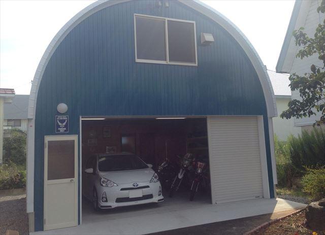 garage2_R.jpg