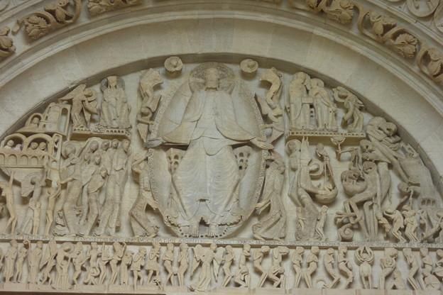 103597188_624サンラザール大聖堂タンパン