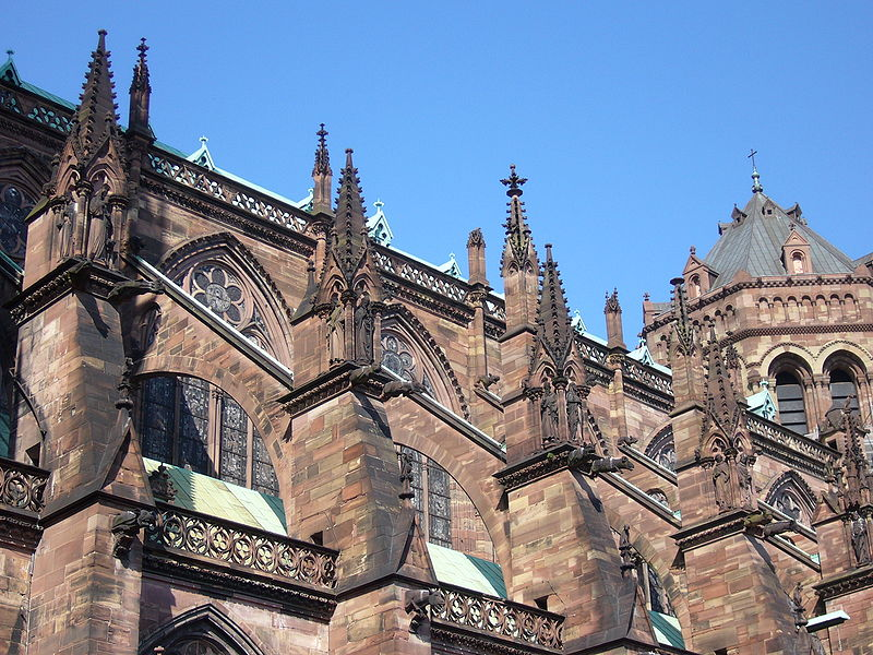 800px-Absolute_cathedrale_Strasbourg_03後陣