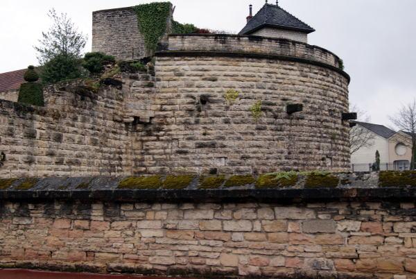 1004beauneボーヌの城壁