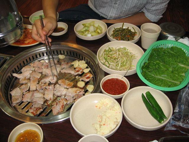 Korean_food_8サムギョプサル
