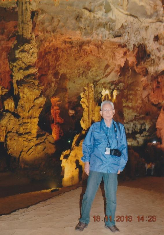 洞窟での写真