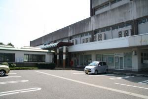 上市 駅舎