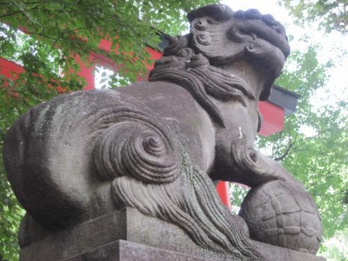 花園神社の狛犬さん
