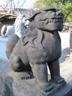 三囲神社 吽