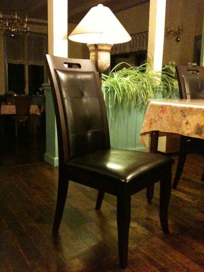椅子を購入しました。