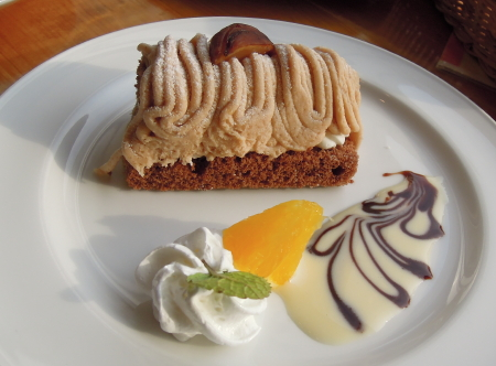 百年草ケーキ2