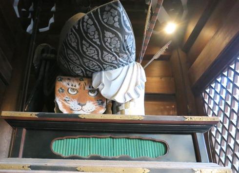 11)桜門の両脇に