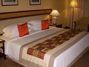 チェンマイ プラザ ホテル (Chiang Mai Plaza Hotel)