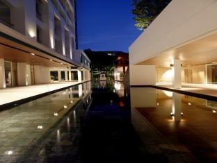 ザ ナップ パトン ホテル (The Nap Patong Hotel)