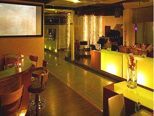 グランド ダイアモンド プラトゥーナム ホテル (Grand Diamond Suites Pratunam Hotel)